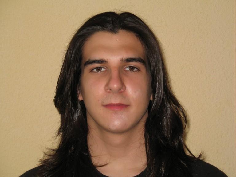Adrián Copetudo – Accelerant les claus de l'univers